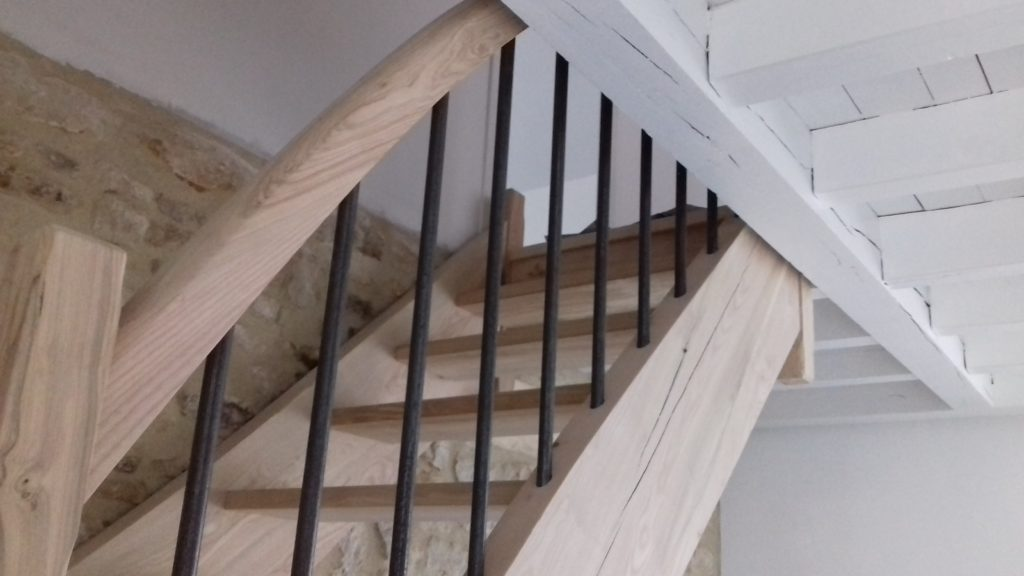 Bernard Forgeot, pose de menuiserie intérieure Aube, escalier, parquet